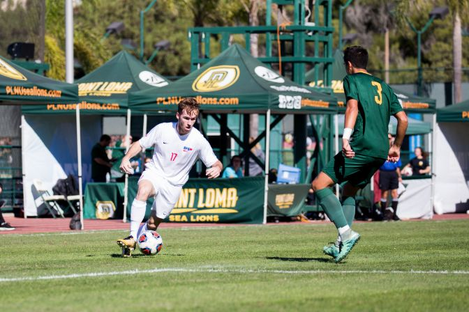 Simon Fraser forward Connor Glennon is the reigning United Soccer Coaches Division II Player of the Week after a 10-point outburst last week.