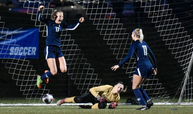 Grace Eversaul scored the third goal for Western Washington in the Vikings' 3-0 victory over Dixie State in the NCAA Division II Quarterfinals.