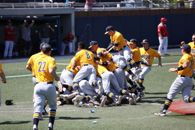 Less than a week removed from a title at the 2019 GNAC Championships, the Yellowjackets will return to the diamond as the No. 6 seed at the NCAA West Regional. Photo by Ellie Parker.