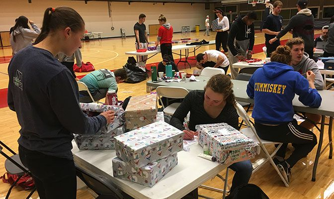The Simon Fraser SAAC worked with Operation Christmas Child and Deltassist to build holiday boxes for local families.