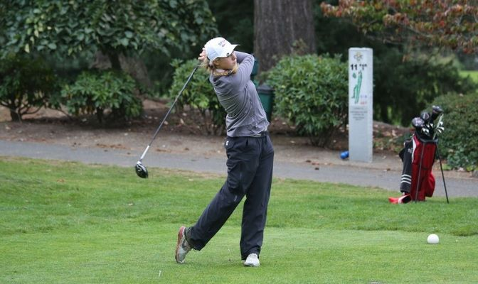 Jones was recently recognized by the Women's Golf Coaches Association (WGCA) as an All-American Scholar and received SFU Athletics' Top Scholar-Athlete Award for the 2017-18 season.