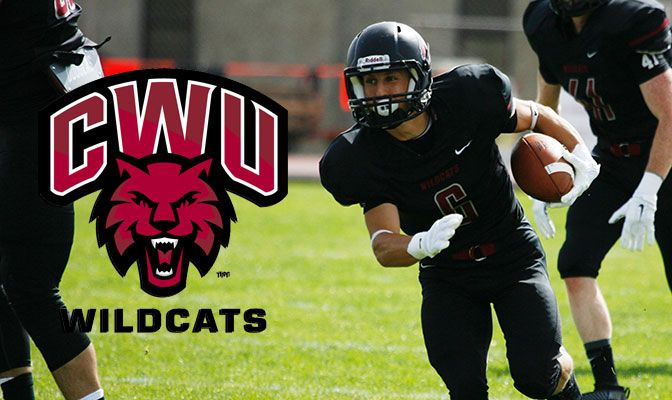 All-American wide receiver/kick return specialist Jesse Zalk finished third in the nation in all-purpose yards with 186 per game.