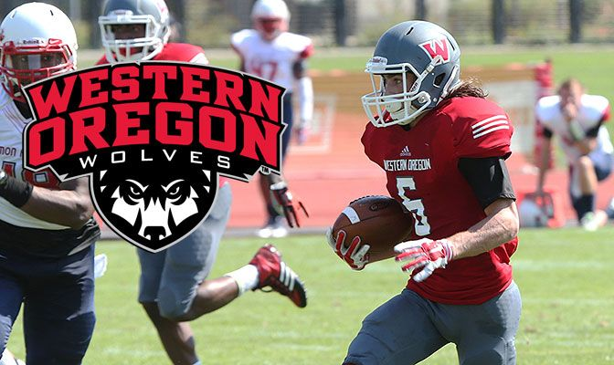 Paul Revis was a First Team All-GNAC at both wide receiver and punt return and earned Third Team Don Hansen All-American honors as a return specialist.