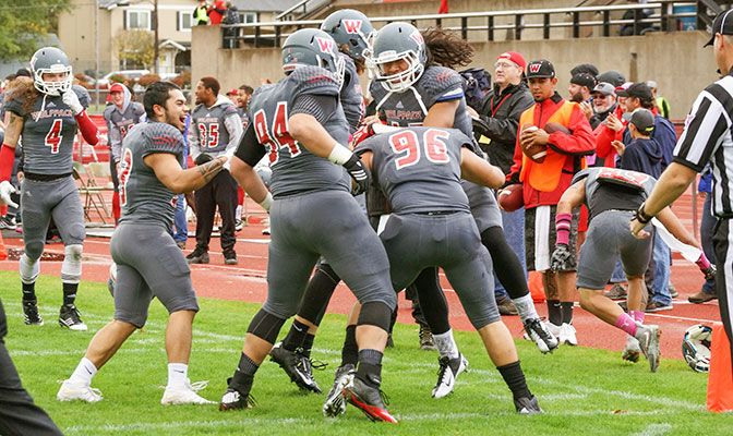 Western Oregon defeated Sacramento State 38-30 in the season opener on Saturday.