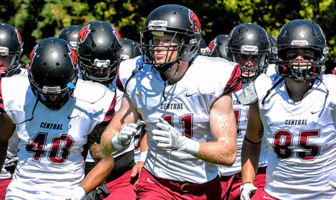 Central Washington defensive end Drew Wallen is one of five players on the All-Academic Team with a 3.70 GPA or better.