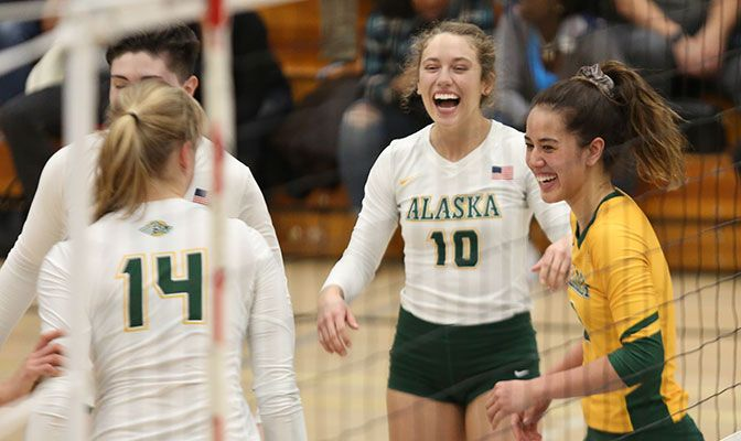 Hannah Bembroke came off the bench to finish with 10 kills in the four-set loss. She was one of two UAA players with double digits in kills. Photo by Felicia Carrasco.