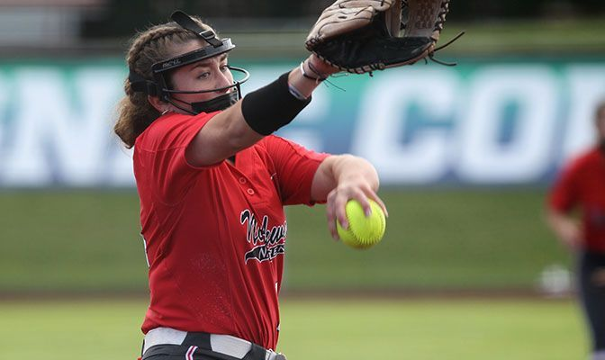 Booth's Pitching Gem Puts NNU In GNAC Softball Final