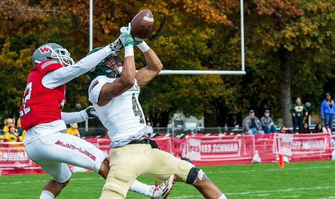 Humboldt State's John Todd scored with 1:40 left in the fourth quarter to send the Lumberjacks and Western Oregon to overtime on Saturday,