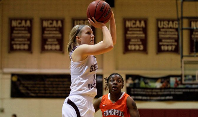 Senior Aubree Callen scored 39 points in the two wins at Western Washington and Simon Fraser