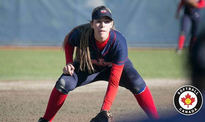 In her freshman season with Simon Fraser, Amanda Janes batted .329 with 26 hits, four doubles and 15 RBIs.