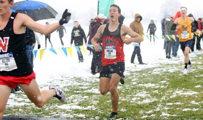 Andrew Oslin finished 55th at the 2019 GNAC Cross Country Championships in a time of 27:05.50.