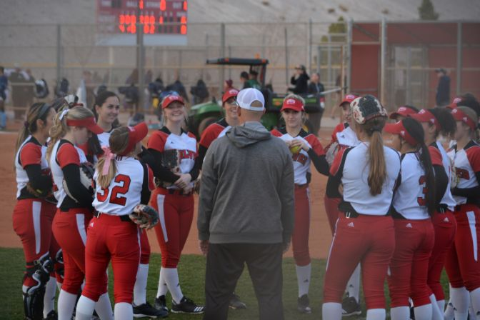 A 3-0 start to the 2019 season has Western Oregon on top of the GNAC softball standings after the first week of the season.
