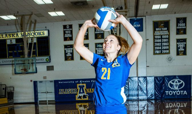 Taylor Overn finished the 2019 season with 14 assists and 45 digs, including a season-high 11 digs on Oct. 22 at Alaska Anchorage.