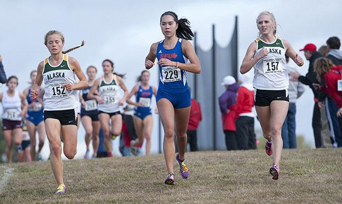 Sarah Freistone (152), who earned GNAC Freshman of the Year honors, races alongside Simon Fraser's Kansas MacKenzie (229) and UAA's Ivy O'Guinn (157).