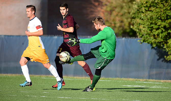 Tom Lohmann compiled a 1.16 goals against average and made 55 saves for the Yellowjackets in 2015.