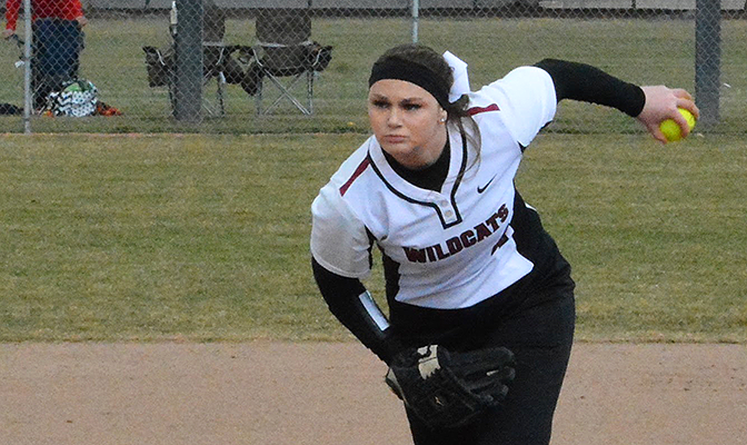 Kiana Wood won all four games in the circle for Central Washington at the Stanislaus Tournament of Champions.