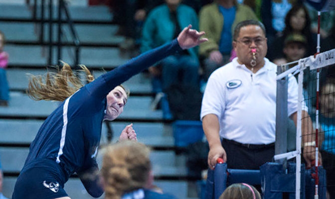 Western Washington's Rachel Roeder was named Volleyball Offensive Player of the Week after leading the Vikings to a 4-0 record in the GNAC/PacWest Crossover.