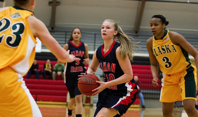 Kristina Collins scored 29 points last week in wins over Alaska Fairbanks and Alaska Anchorage (Photo by Ron Hole).