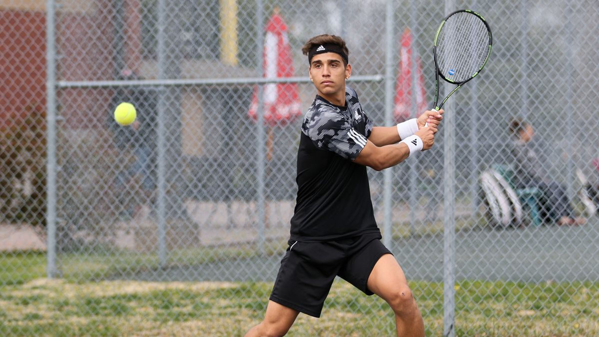 Men's tennis takes 5-4 road win at Bellarmine