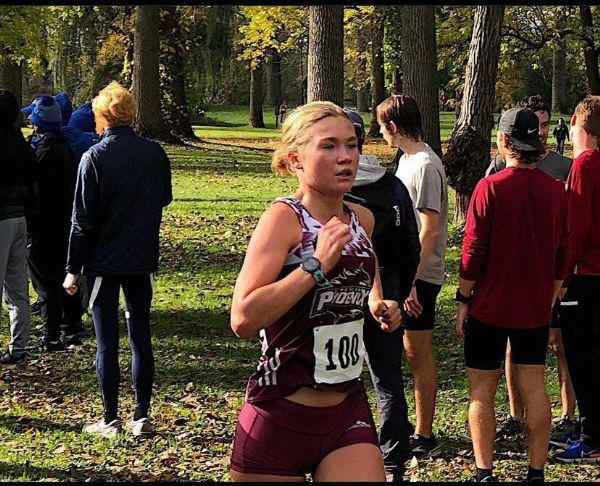 Rivera sets a new PR and Petrova sets her season best at the NAIA Great Lakes Challenge