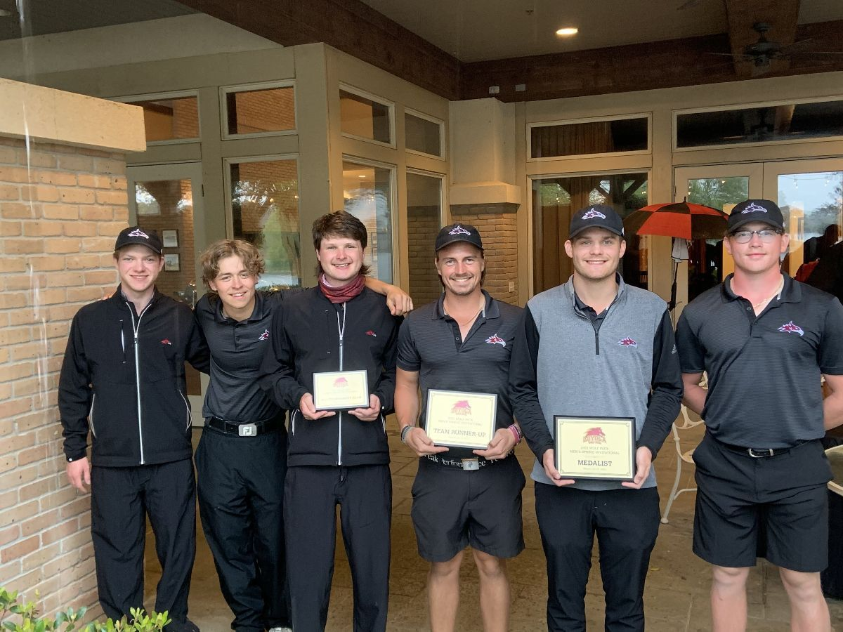 Smith wins Wolf Pack Spring Invitational; Phoenix finish Second