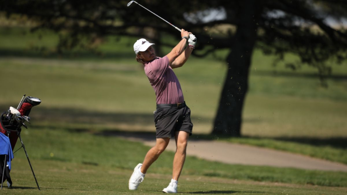 Men's Golf tied for first heading into the final round