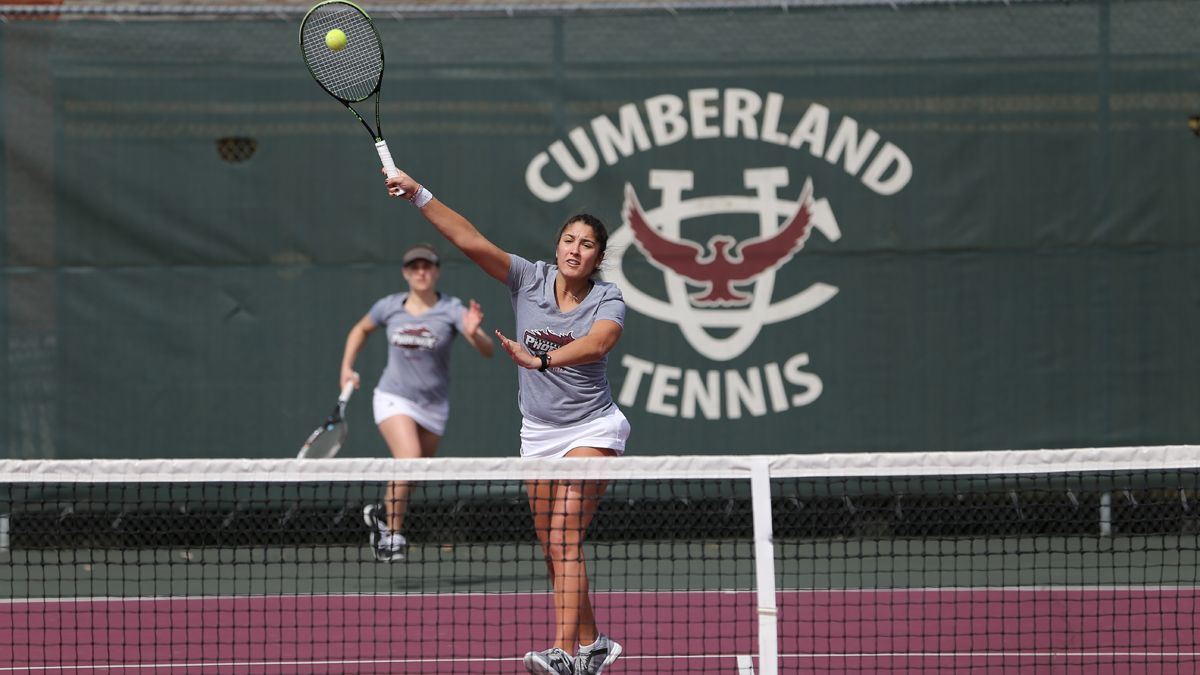 Women's tennis ends three-match skid with 8-1 victory