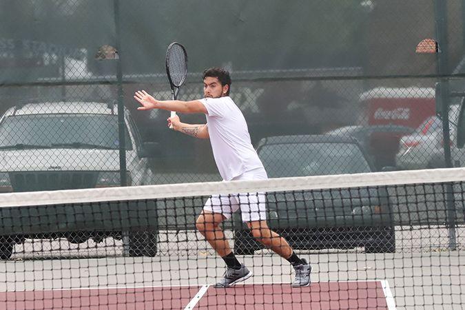 Men's Tennis drops a 6-1 match to Southwestern College