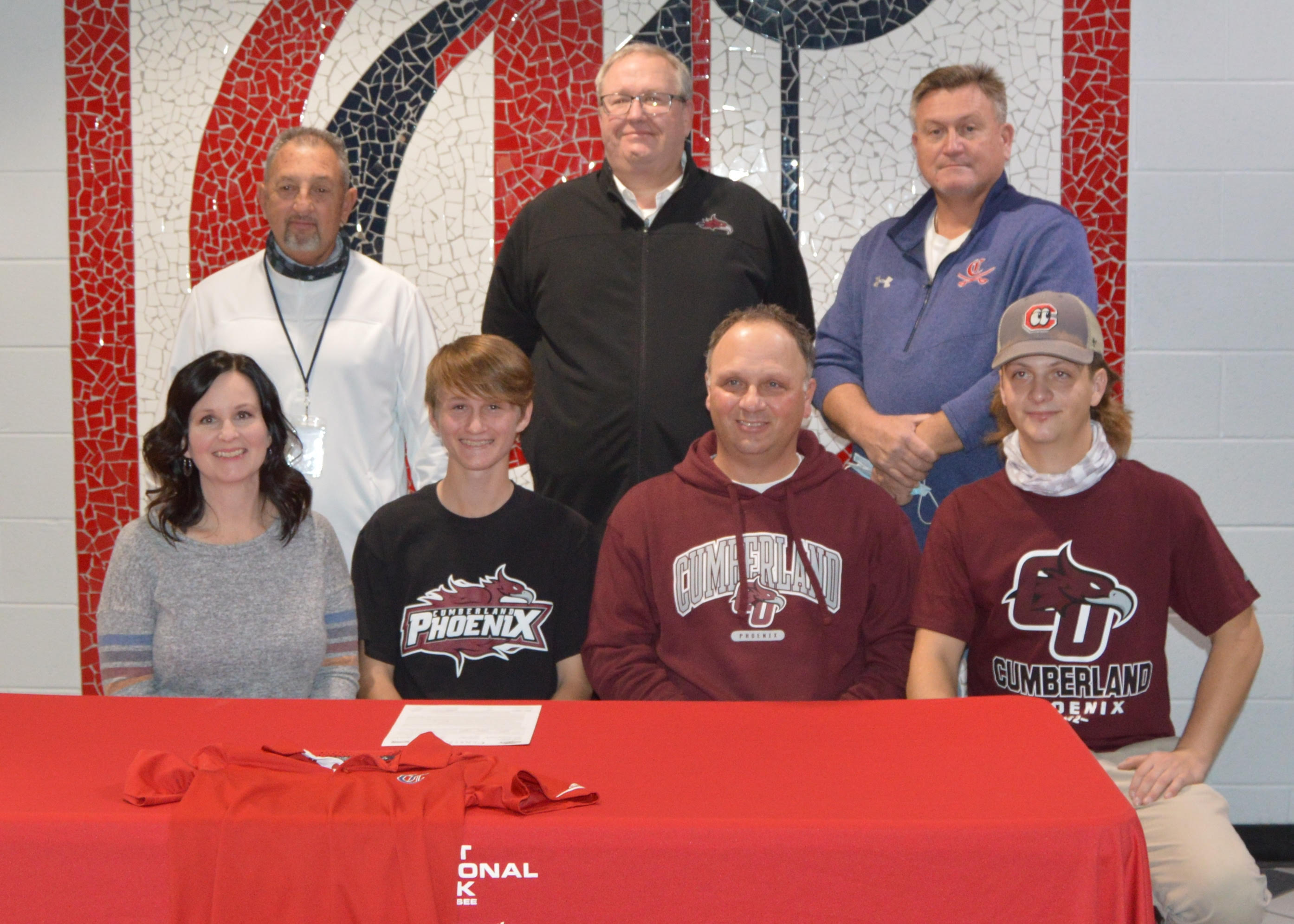Clayton signs with Men's Golf