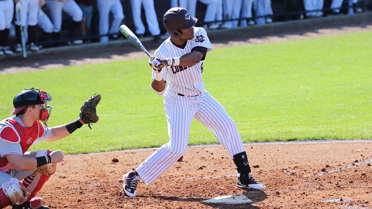 Sierra, Young earn Mid-South Player of the Week honors