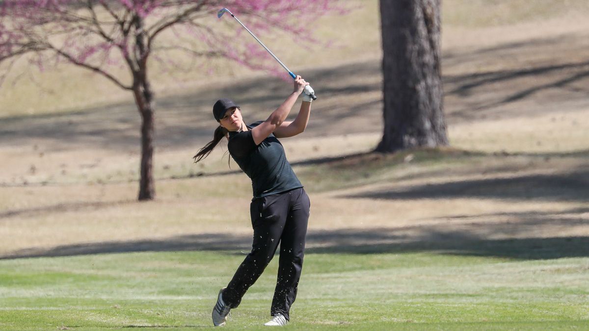 Phoenix exit day one of Roadrunner Classic eighth
