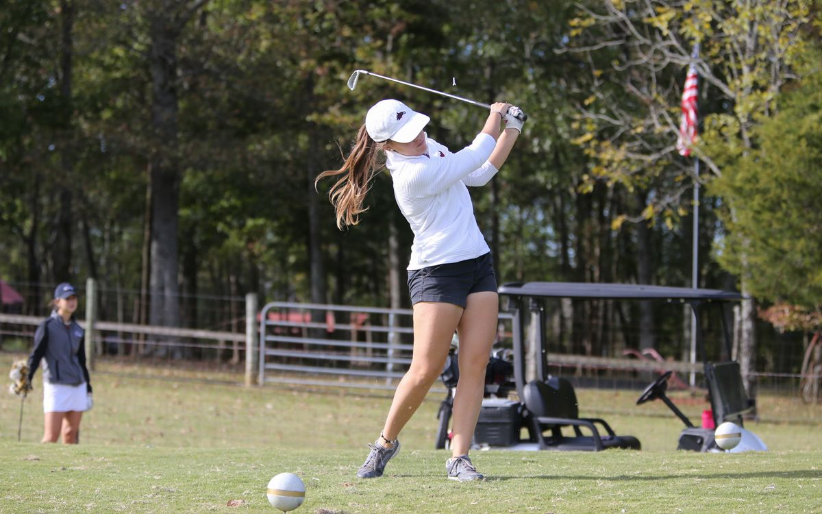 Women's Golf finish Town and Country Invitational fifth