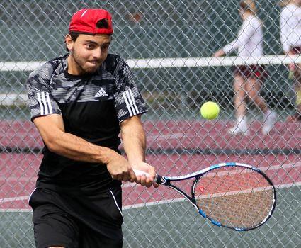 Men's tennis falls at Pikeville