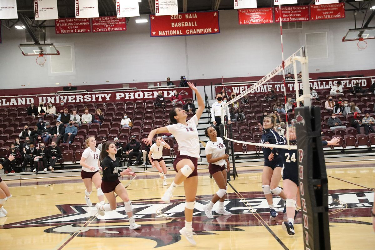 Cumberland WVB dominates the Viking Invitational by sweeping Williams Baptist and Stephens College