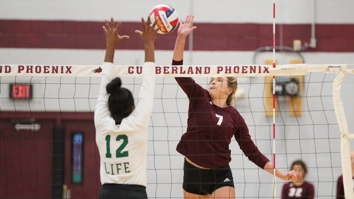 Cumberland Volleyball falls 3-1 to #18 Life