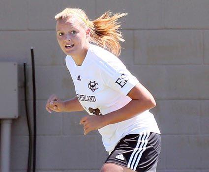 Lyons, Gilpin each score twice for women's soccer