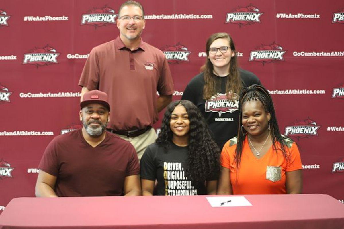 Women's Basketball adds transfer guard Sydnie Ward