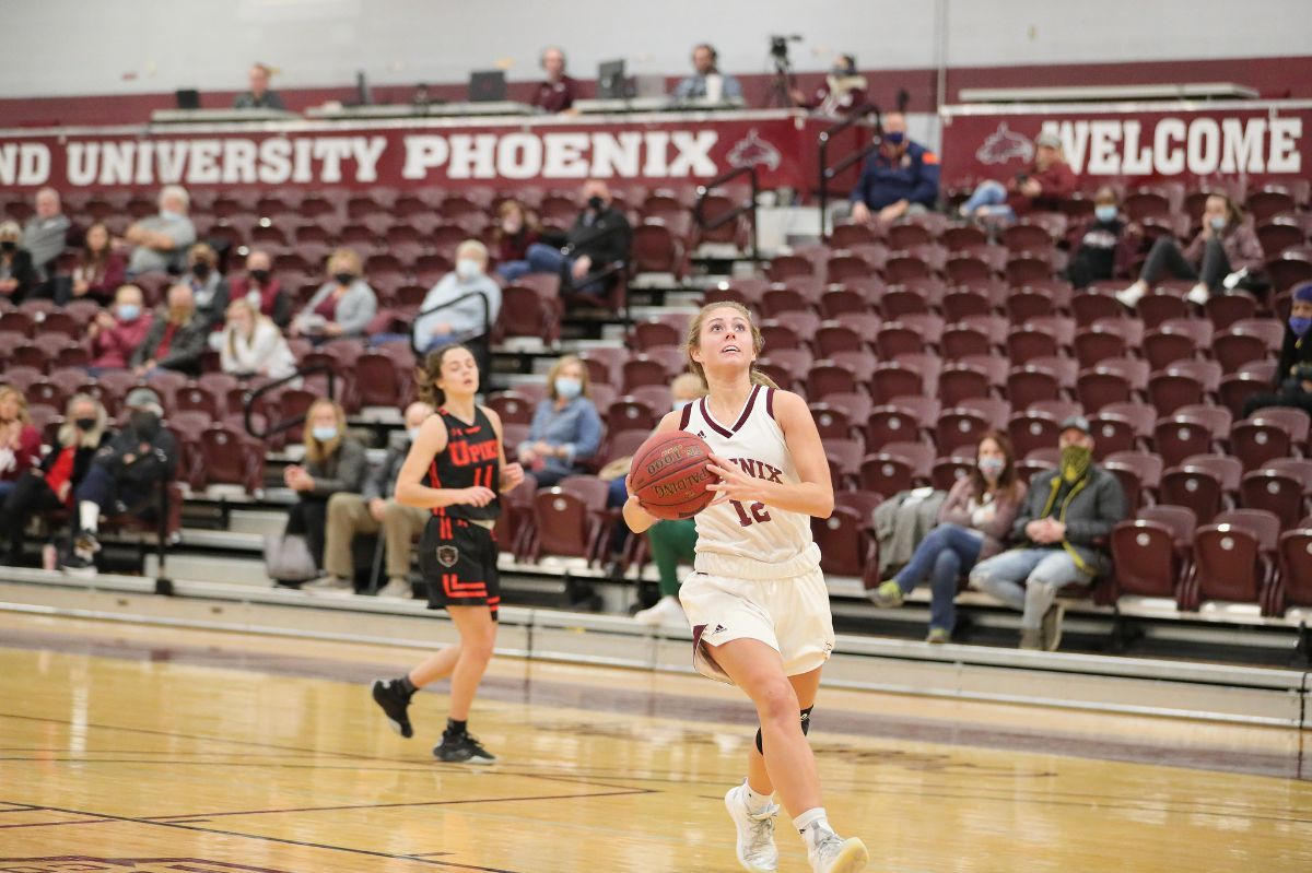 Women's Basketball falls to the Patriots on the road