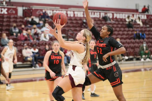 Cumberland Women's Basketball tops Life 78-60 on Senior Day