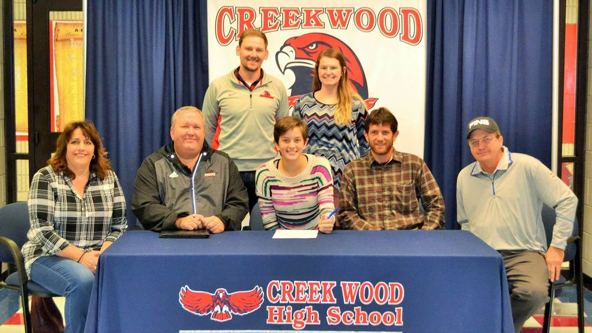 Creek Wood's Williams inks with CU golf