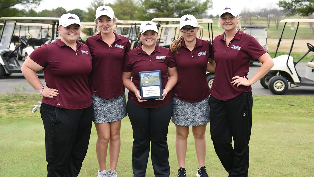 Cumberland's women finished as the runner-up as a team at the LWC Spring Fling.