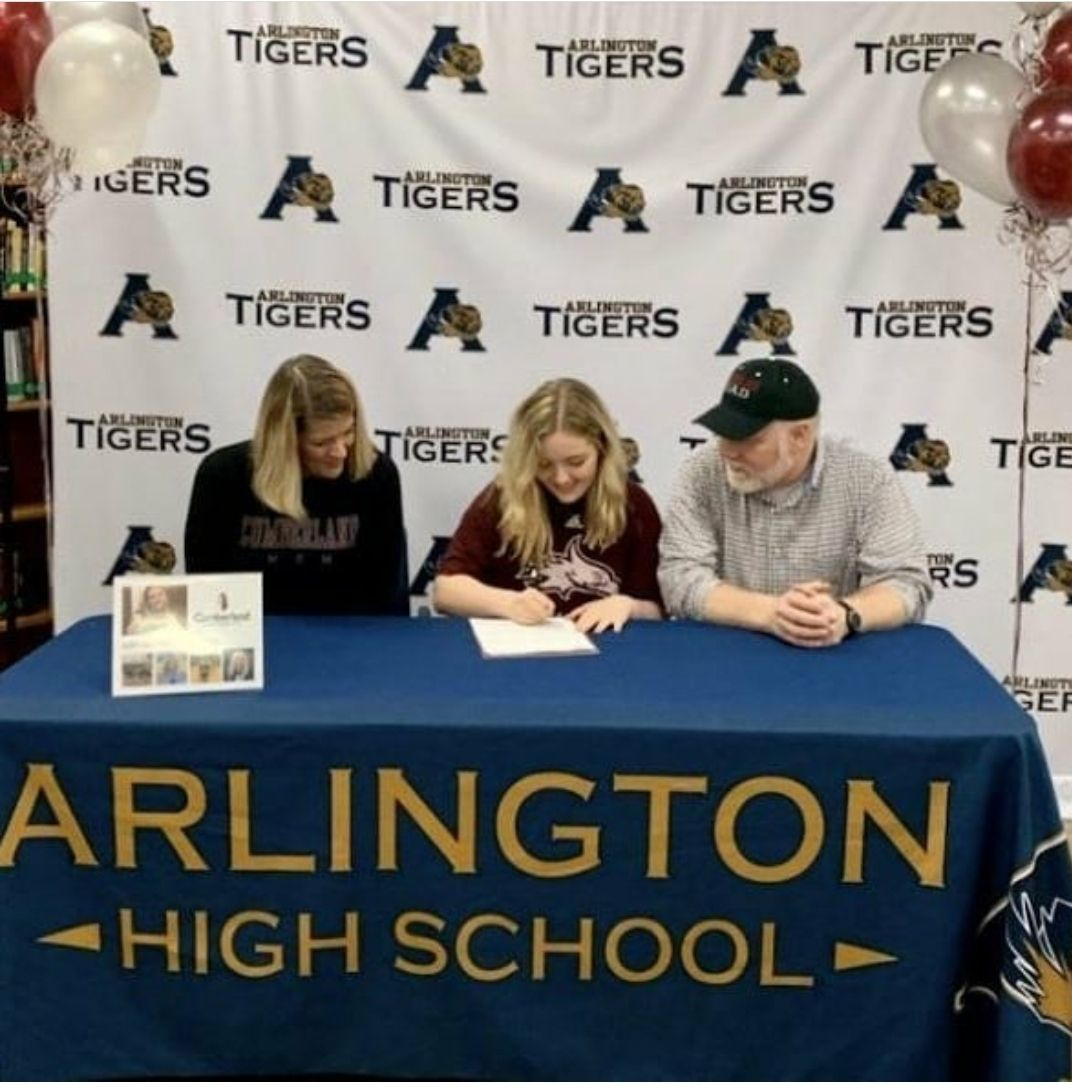 Women's Volleyball inks Abby Hawkins