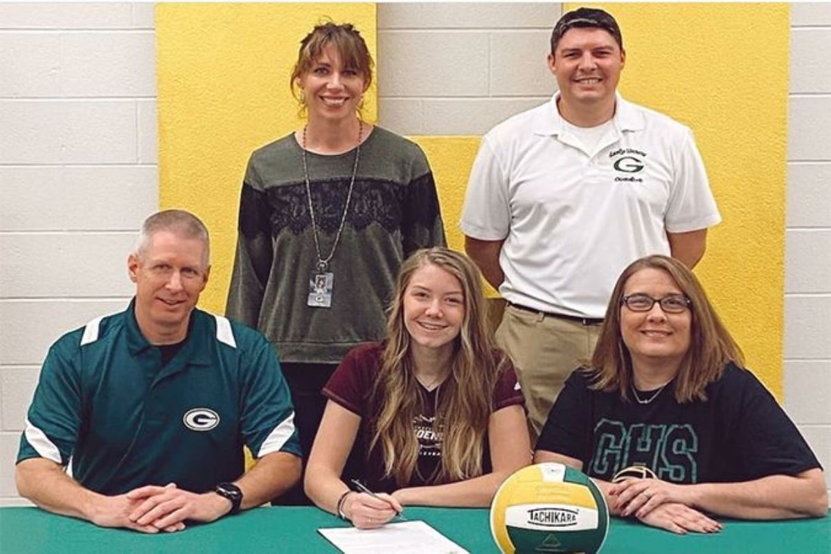 Gallatin's Taylor Snow signs with Women's Volleyball
