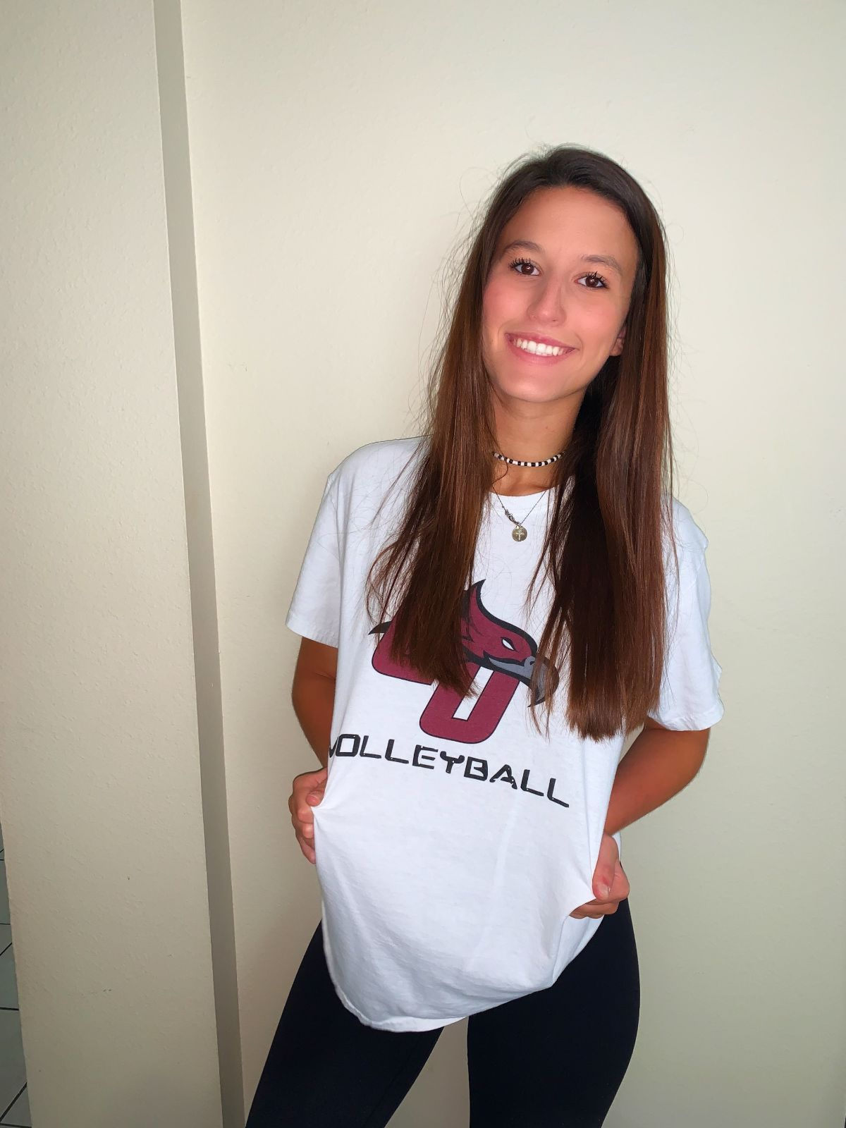 Florida native Maya Mullally signs with Women's Volleyball