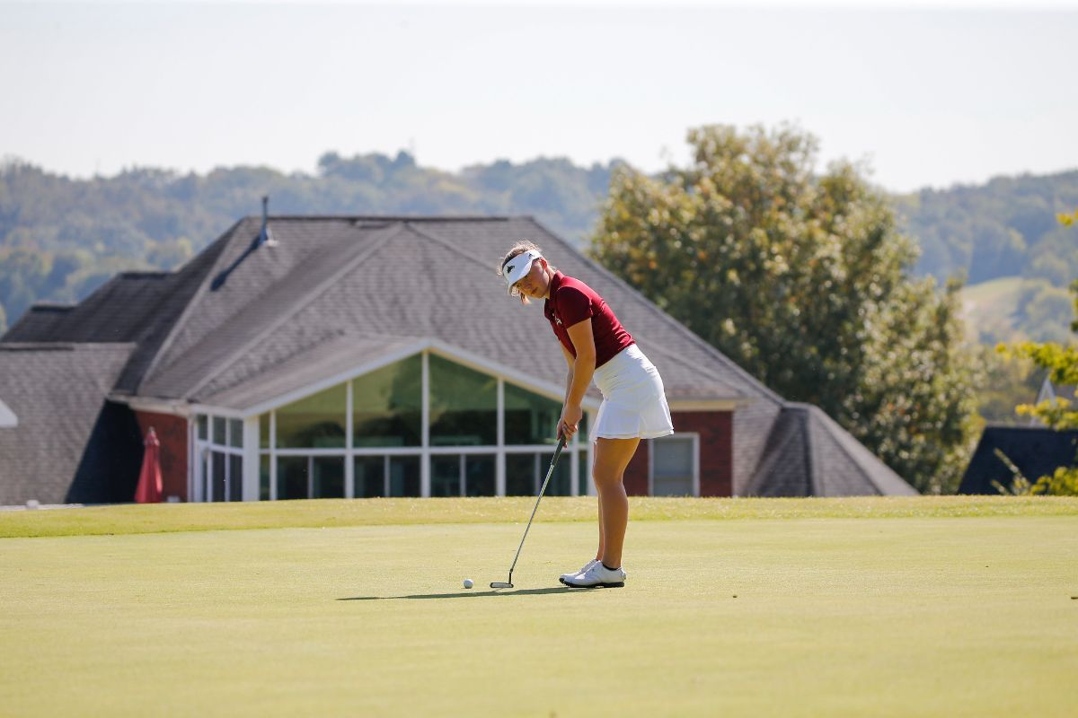 Phoenix WGOLF in first place after first round at Music City Invitational