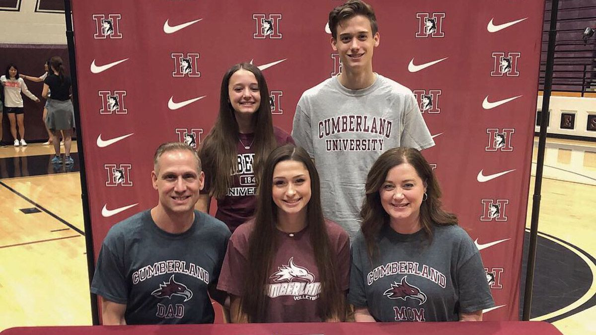 Curcio inks scholarship papers with CU volleyball
