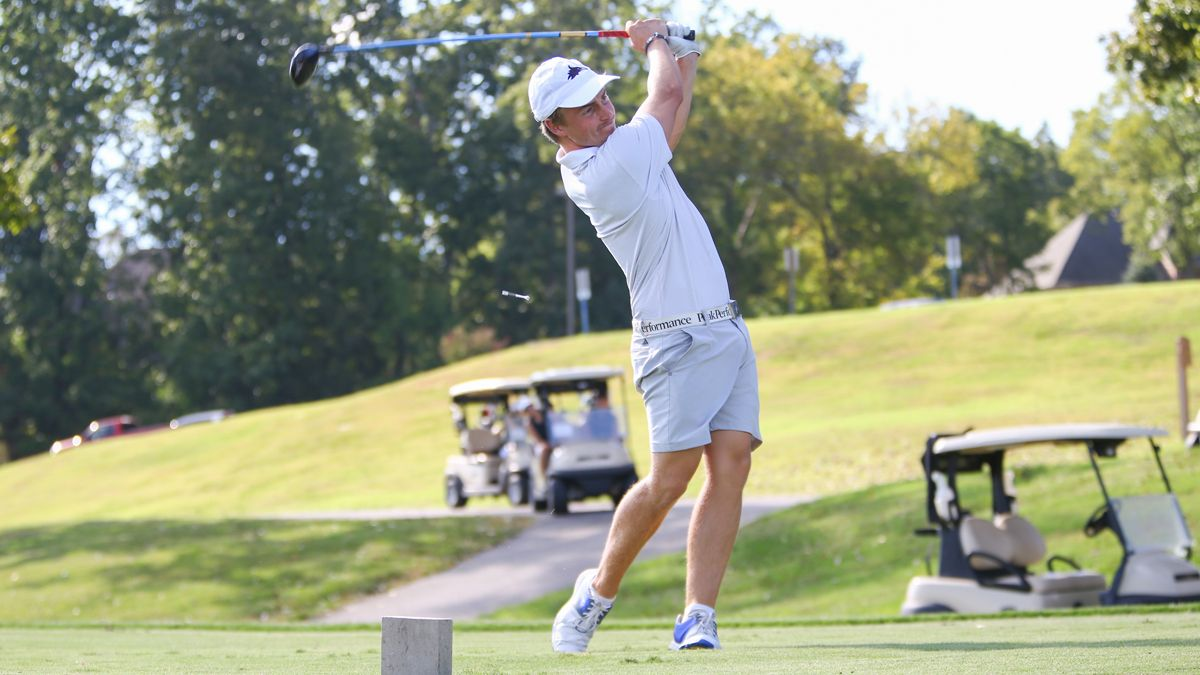 Phoenix sit in Third after Day One of NAIA Memphis Shootout