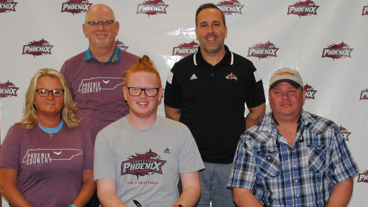 Men's volleyball signs Macon County's Coons