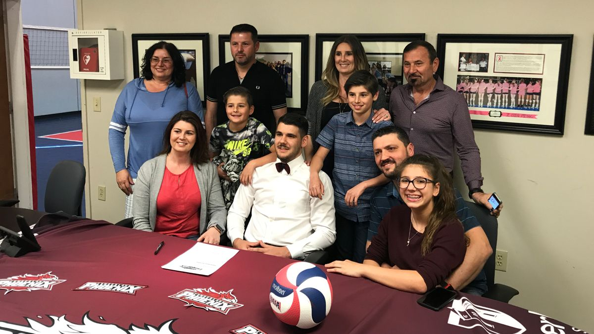Georgia product Starzoiu inks with CU men's volleyball
