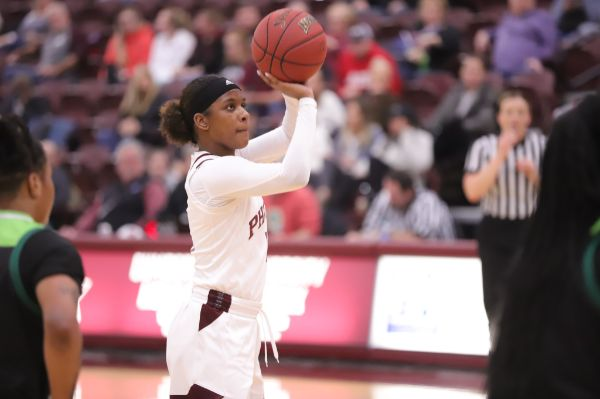 Women's Basketball set to play Life in MSC First Round on Monday